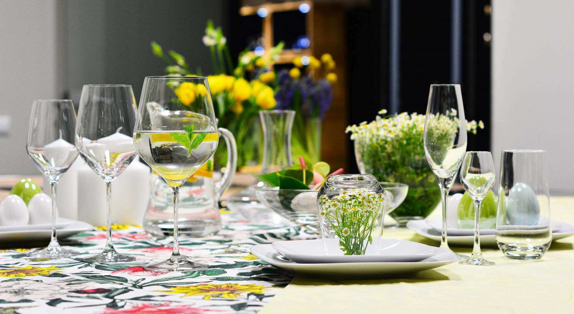 Kolekcja szkła Splendour KROSNO w wielkanocnej aranżacji